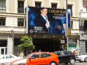 Eingang Teatro Compac Gran Via Juni 2011